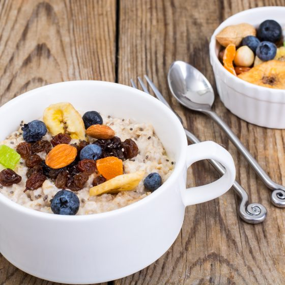 Old World Cereal with Cinnamon, Vanilla and Walnuts / Dried Fruit