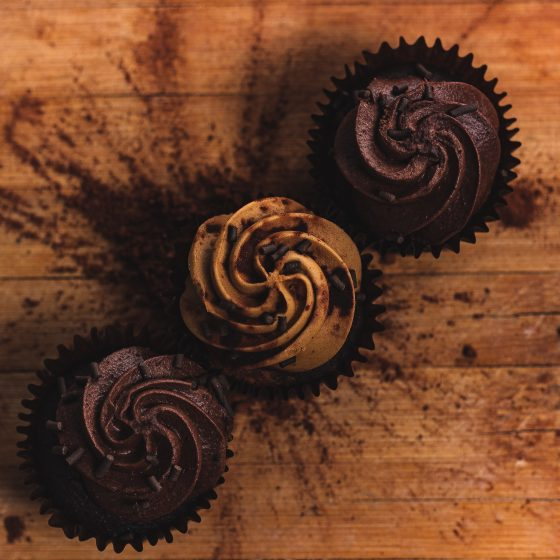 Simple Chocolate Emmer Cupcakes